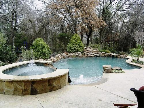 Salt water pool vs. fresh water pool