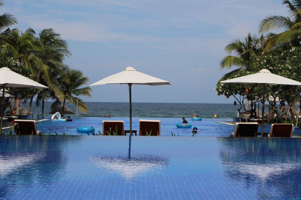 Best Pool Umbrellas - Review