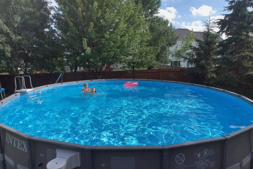 how to keep saltwater intex pool clean